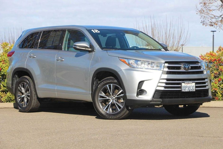 2018 Toyota Highlander SUV LE Automatic